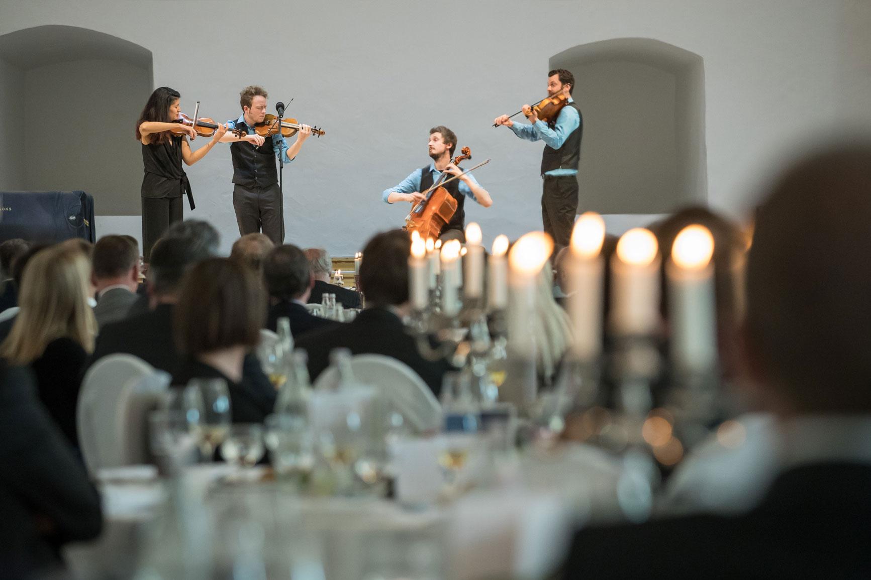 Feuerbach Quartett - Gruppenfoto beim spielen